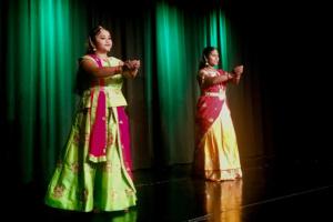 Kulturnacht Grenchen -Klassischer tamilischer Tanz und Gesang